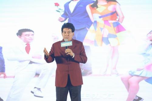 《胡杨的夏天》由朱时茂执导,陈佩斯出演。